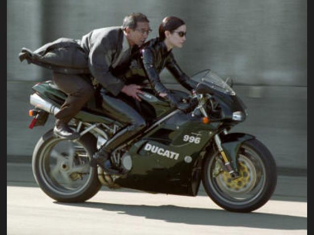 Consejos para la Conducción Segura en Motocicleta. (2/6)